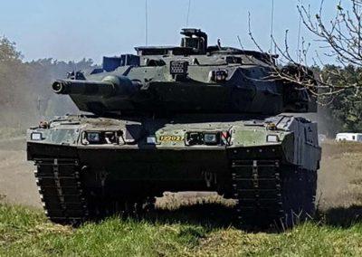 018 Stridsvagn 122