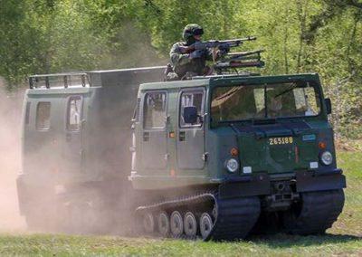 023 Hemvärnet i bandvagn